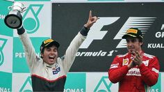 Alonso aplaude a Checo su segundo lugar en el GP de Malasia# ChecoPerez #F1
