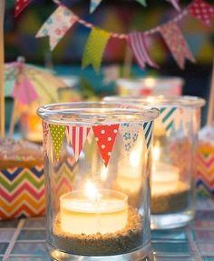 Windlichtgläschen mit Washiwimpeln. Tolle Dekoidee für deinen nächsten Kindergeburtstag