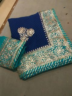 Pure Georgette 60 grams saree with contrast Border with beautiful gota Patti Hand Work. Comes with contrast Dupion silk blouse Pakistani Formal Dresses, Pakistani Outfits, Indian Outfits, Gota Patti Suits, Gota Patti Saree, Chiffon Saree, Georgette Sarees, Silk Kurti, Silk Sarees