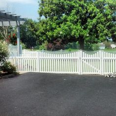 Simply perfect! Shoreline's courtland picket