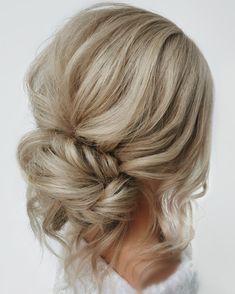Low Bun Bridal Hair, Prom Hair Bun, Wedding Hair Side, Long Hair Wedding Styles, Wedding Hair And Makeup, Wedding Hair For Guests, Wedding Party Hair, Braided Bun Hairstyles, Bun Hairstyles For Long Hair