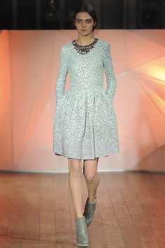 LFW AW13/14 Matthew Williamson - its ridiculous how much I yearn for this dress!