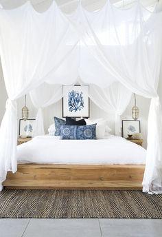 Mood Indigo | Coastal Style | Bloglovin' Bedroom Beach, Beach Themed Bedrooms, Costal Bedroom, Cosy Bedroom Decor, Tropical Master Bedroom, Tropical Bedroom Decor, Lux Bedroom, Colourful Bedroom, Tropical Artwork