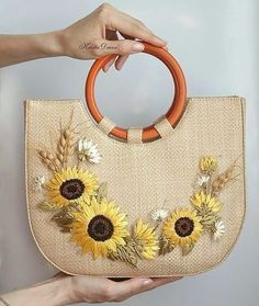 Likes, 35 Comments - 🌺👉Sizin Örgüleriniz👈🌺 ( Embroidery Bags, Creative Embroidery, Hand Embroidery Stitches, Silk Ribbon Embroidery, Patchwork Bags, Quilted Bag, Handmade Handbags, Handmade Bags, Jute Bags