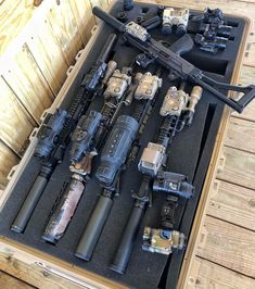 archery hunting bowhunting,bowhunting tips,crossbow hunting hunters Survival Weapons, Tactical Survival, Weapons Guns, Guns And Ammo, Survival Gear, Survival Prepping, Wilderness Survival, Tactical Gear, Emergency Preparedness