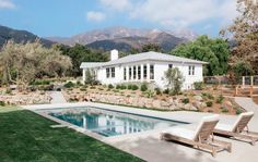 modern pool landscaping