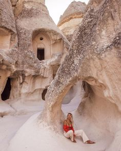 kapadokya photography Travel inspo, sand and beige color palette. Oh The Places You'll Go, Places To Travel, Travel Destinations, Adventure Awaits, Adventure Travel, Turkey Travel, Adventure Is Out There, Wanderlust Travel, Travel Photography