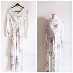 Skyline Dreams // Vintage 70s Dress // 1970s Emma Domb Floral Maxi Dress by JULYsecondVintage on Etsy https://www.etsy.com/listing/182173849/skyline-dreams-vintage-70s-dress-1970s