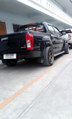 Isuzu D Max, Mitsubishi Pajero, Toyota Hilux, Cars And Motorcycles, Diesel, Monster Trucks, Van, Lowrider, Club