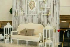 Wedding decoration rose & # - Home Page Rose Wedding, Amazing Gardens, Photo Booth, Wedding Details, Accent Chairs, Wedding Photos, Wedding Decorations, Wall, Inspiration