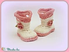 """""""Lora"""" horgolt baba csizma (avonlea0) - Meska.hu Baby Booties, Baby Shoes, Baba, Slippers, Booty, Kids, Clothes, Fashion, Young Children"""