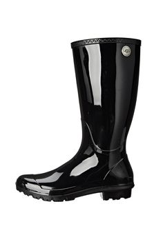 Drizzles and downpours call for a sleek rain boot. The timeless Shaye keeps feet warm and dry with natural wool and waterproof rubber. If you're a half size, go up to the whole size. US Sizing.    Shaye Rain Boot by UGG Australia. Shoes - Boots - Rain and Cold Weather Branford, Connecticut