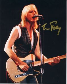 Tom Petty. Going to him live this summer. @victoriannascarbrough @zackeirhart @omar :-) yay!!!