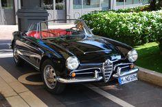 Nostalgic Classic Car Travel | Alfa Romeo Giulia Spider at the Lake Maggiore