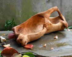 Poplar wood tray old poplar root Wood Spoon, Wood Tray, Wood Bowls, Driftwood Wall Art, Driftwood Furniture, Carved Wooden Bowl, Wooden Art, Wood Router, Wood Lathe