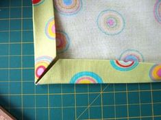 Jak na pěkné rohy Textiles, Diy And Crafts, Sewing, Knitting, Handmade, Inspiration, Quiet Books, Clothes, Scrappy Quilts