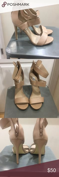 Nude Steve Madden Heels Must have staple piece! Perfect for dressing up or casual wear! Have been worn several time but are in good condition. Scratches on the bottom.  ***Offers welcomed*** Steve Madden Shoes Heels