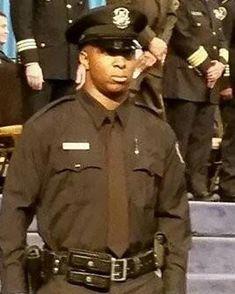 Officer Glenn Doss Jr pictures,shot dead by Decharlos O.