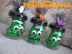 Little miss Frankenstein Candy Jars.made from baby food jars with lids spray painted black. Baby Jars, Baby Food Jars, Halloween Crafts For Kids, Halloween Candy, Halloween Gifts, Happy Halloween, Halloween Decorations, Frankenstein Party, Mason Jar Gifts