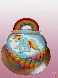 cake: My little pony - Rainbow Dash cake tutorial: Pony Cake, Cake . Cumpleaños Rainbow Dash, Rainbow Dash Birthday, My Little Pony Birthday Party, Cake Rainbow, Cumple My Little Pony, My Little Pony Cake, My Little Pony Princess, Sparkle Cake, Cake Topper Tutorial