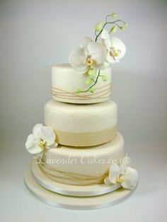 Orchid - by LavenderCakes @ CakesDecor.com - cake decorating website