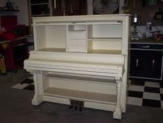 conspiracy against the piano - a unique hobby, pag /A conspiracy against the piano - a unique hobby, pag / Repurposed Piano at a Sewing Table - Rock Creek DIY / Piano Desk Makeover Piano Bar, Piano Desk, Furniture Makeover, Diy Furniture, Painted Furniture, Desk Makeover, Easy Hobbies, Hobbies To Try, Repurposed Furniture