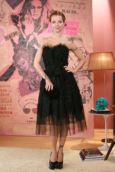- Vestido Marc Jacobs para NK Store - Brincos e Anel Sara Joias - Bolsa Angela di Verbeno - Sapatos Fernando Pires