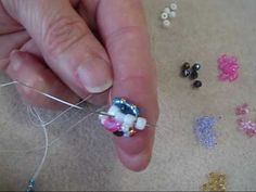 Triple Spiral Beading - How to start.wmv. (Super clear instructions-- easy!)