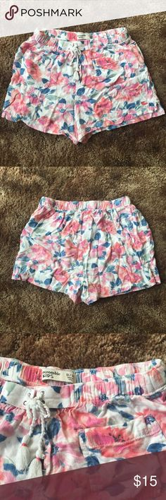 Abercrombie girls shorts Worn few times, good condition abercrombie kids Bottoms Shorts