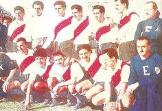 River Plate Campeón del Campeonato de Primera División 1955.Arriba: Mantegari, Carrizo, Venini, Hernández, Tesouro y Rossi. Abajo: Vernazza, Sívori, Walter Gómez, Labruna y Loustau.
