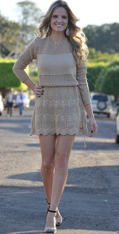 New crochet knit fashion inspiration ideas Crochet Skirts, Crochet Socks, Crochet Clothes, Crochet Lace, Knit Dress, Lace Dress, Spiral Crochet, Crochet Woman, Crochet Fashion