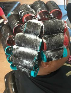 Curlers, Hairspray, Perm, Beauty, Projects To Try, Hair Sprays, Perming Hair Style