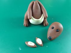 Fondant Kangaroo Tutorial - Bake Happy