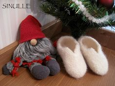 SINULLE: Huopuu, huopuu... liikaa! Slippers, Shoes, Fashion, Moda, Zapatos, Shoes Outlet, Fashion Styles, Slipper, Shoe