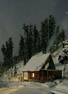 Sıcacık bir çay, ışıl ışıl yıldızlar ve sessizliğin huzur veren sesi... #kar #huzur #tatil #beyaz #çay #yıldızlar #sessizlik