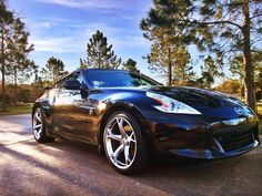 This Z's got it made in the shade. #Nissan #370Z : @javi_nicaragua
