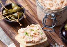 Pastă de peşte - Cum faci cea mai bună pastă de pește acasă Smoked Salmon Cream Cheese, Spinach Pancakes, Healthy Christmas Recipes, Pate Recipes, Slimming Recipes, Cheese Spread, Cooking Time, Kfc, Crackers