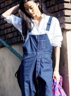 White button up with denim overalls // Photo: The Styleograph #Streetstyle #PFW