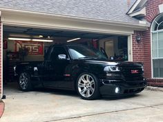 This specific car is my most desired vehicle. So trendy Chevy Silverado Single Cab, 2006 Chevy Silverado, Silverado Truck, Chevy Stepside, Chevy Pickup Trucks, Gm Trucks, Chevy Trucks Lowered, Custom Chevy Trucks, E36 Cabrio