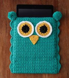 Cute Owl Tablet Cover: FREE crochet pattern More