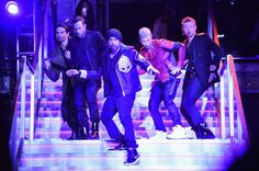 What a 'Larger Than Life' surprise! As the star-studded Balmain x H&M fashion show came to a close on Oct. one more celeb appearance left everyone in awe -- a performance by the Backstreet Boys! Backstreet Boys Tickets, Backstreet Boys Lyrics, Balmain, Wall Street, Backstreet's Back, Beach 2017, Kevin Richardson, Jones Beach, Concert