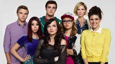 Torrent's Séries: Awkward  A série conta a história de Jenna Hamilto...