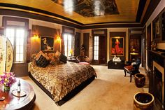 Complete the Grand Island Mansion experience with luxurious and comfortable wedding night accommodations for you and your guests. Wedding Reception Venues, Best Wedding Venues, Wedding Ideas, Grand Island Mansion, 1920s Wedding, Gold Wedding, Fun Events, Historical Architecture, Northern California