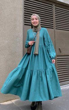 Hijab Fashion Summer, Modest Fashion Hijab, Modern Hijab Fashion, Modesty Fashion, Islamic Fashion, Muslim Fashion, Fashion Dresses, Hijab Style, Simple Outfits