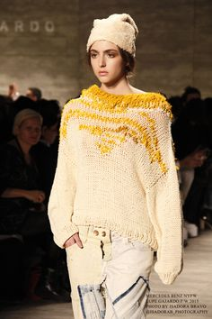 Lupe Gajardo f/w 2015 NYFW . Isadora B photography Copyright © Www.IsadoraBravo.com Sweater Design, Knitwear, High Fashion, Crochet Hats, Pullover, Knitting, Sweaters, How To Wear, Inspiration