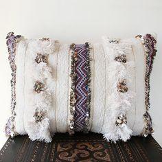Moroccan Décor: Home Decor, Home Improvement & Home Design – Self Home Decor Moroccan Home Decor, Modern Moroccan, Moroccan Design, Designer Pillow, Pillow Design, Blue Pillows, Throw Pillows, Design Marocain, Moroccan Wedding Blanket