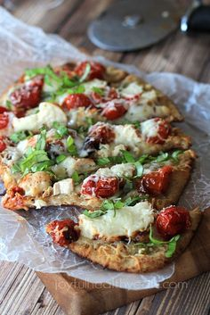 Grilled Chicken Margherita Pizza, OMG amazing! Tastes as good as it looks! | www.joyfulhealthyeats.com