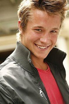 <3 Nick Roux