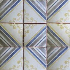 Hand painted terracotta tile from our Palio collection