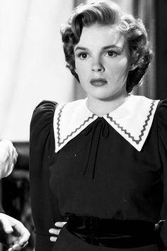 old-stuff: judy Judy Garland in For Me and My Gal, 1942 (Treasured Beauty)